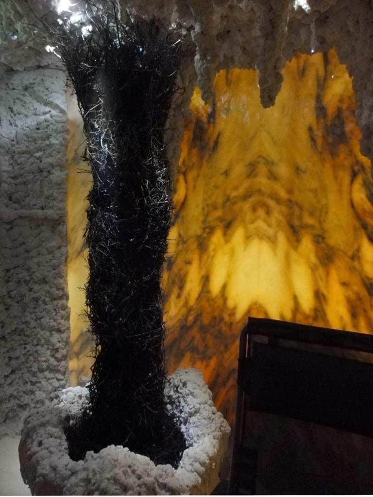 Salzgrotten: Gradierwerk aus Schwarzdorn zur Raumbefeuchtung