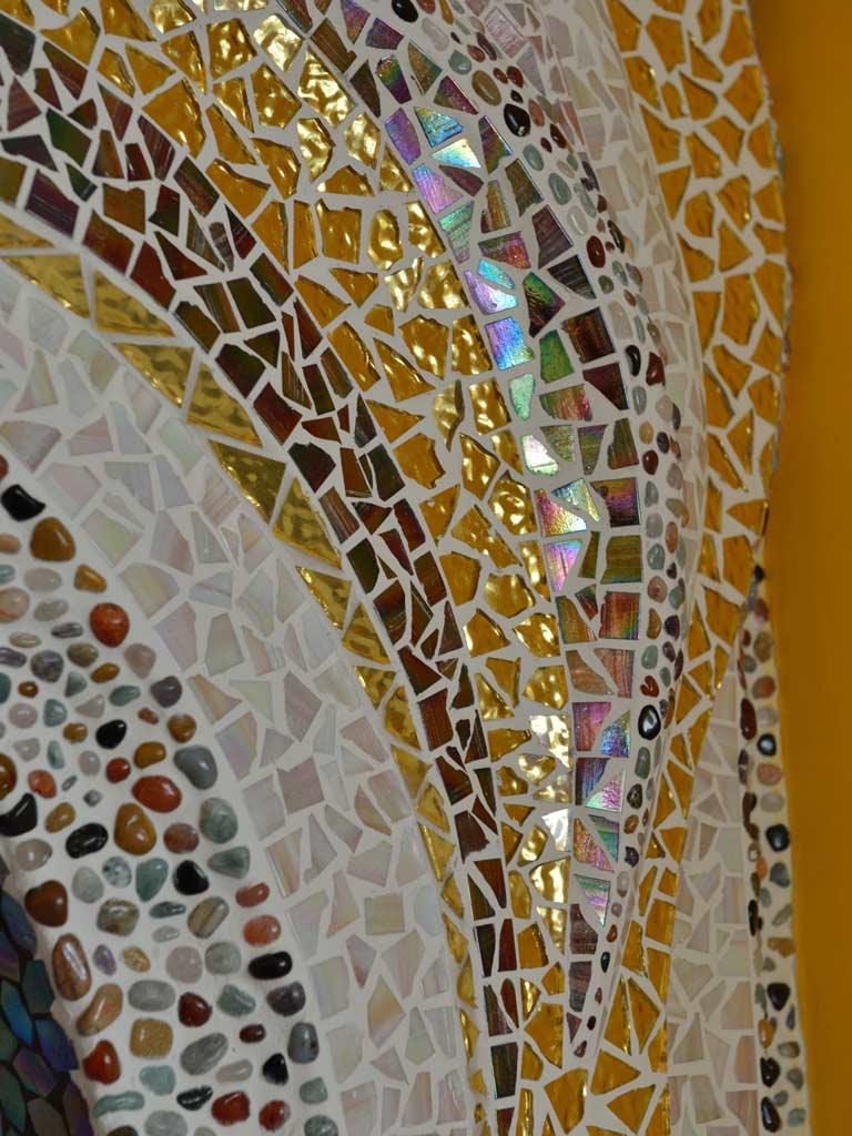 Mosaikkunst: Goldmosaik - künstlerisch in Szene gesetzt