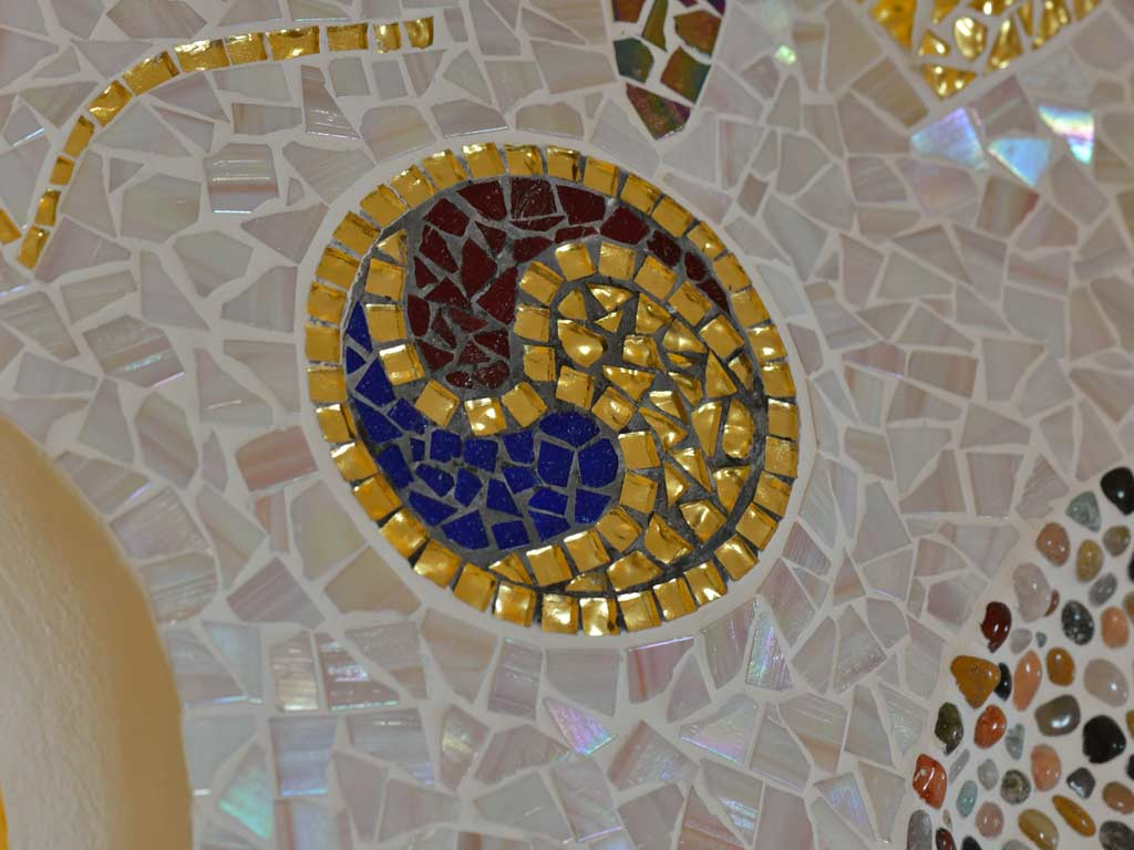 Mosaikkunst: Yin und Yang in Goldmosaik (Detail)