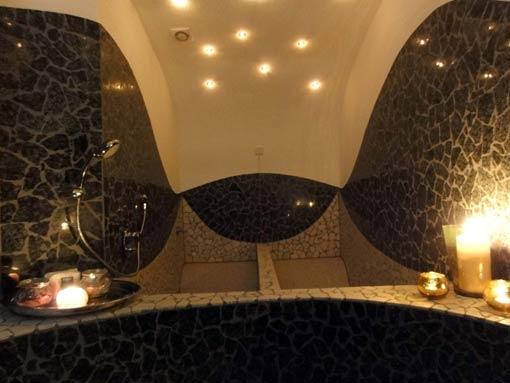 Mosaikkunst (Verde Fontaine kombiniert mit Botticino) Reiner Miseer