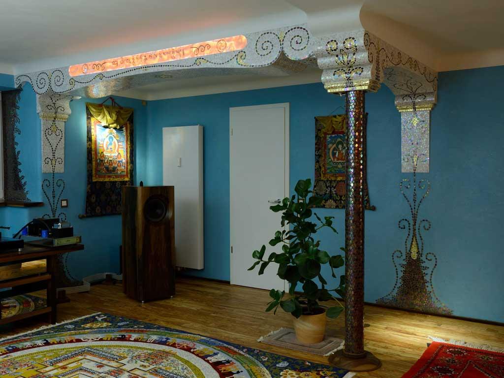 Wohnraumgestaltung: Hinterleuchteter Alabaster (Raum am Tag)